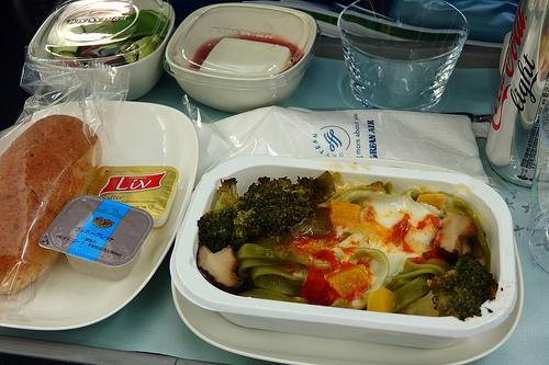 大韓航空の特別機内食(ベジタリアンミール)
