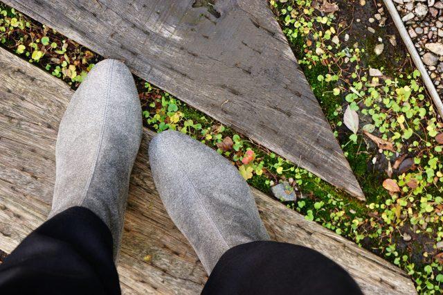 素足で履ける靴
