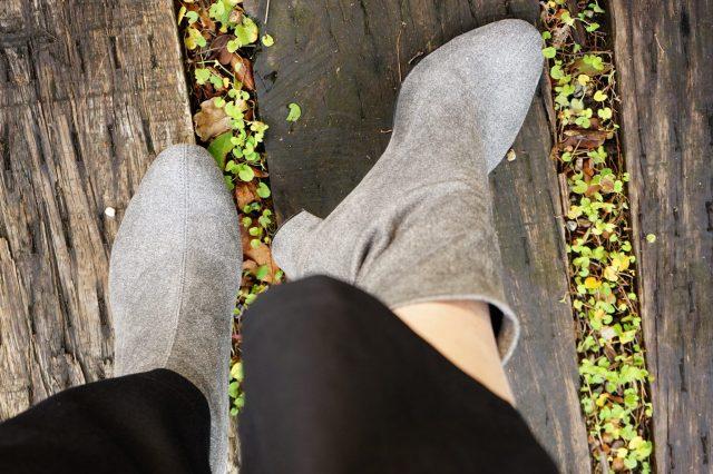 素足で履けるブーツ